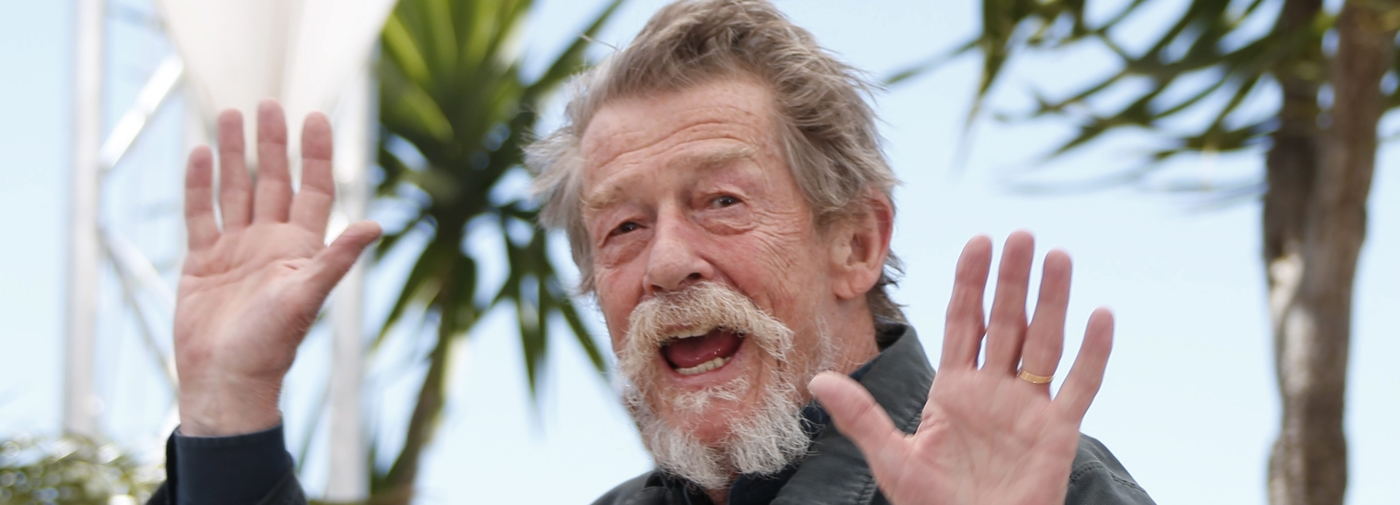 john hurt l 39 acteur aux mille visages le temps. Black Bedroom Furniture Sets. Home Design Ideas