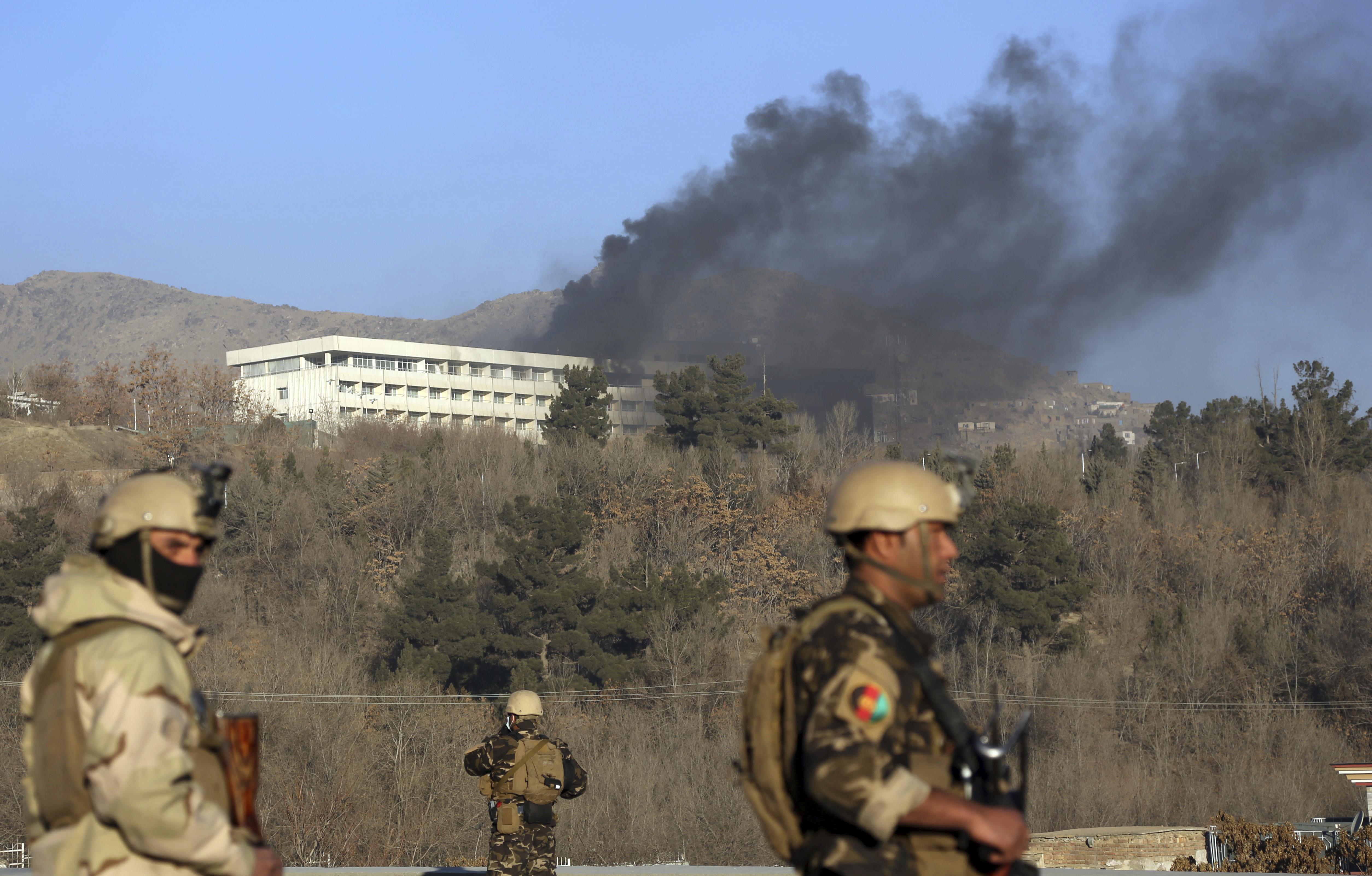 Au moins 18 morts à Kaboul dans l'attaque d'un hôtel de luxe