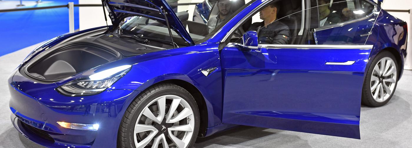 En Suisse La Model 3 De Tesla Coute Plus Cher Que Prevu Le Temps