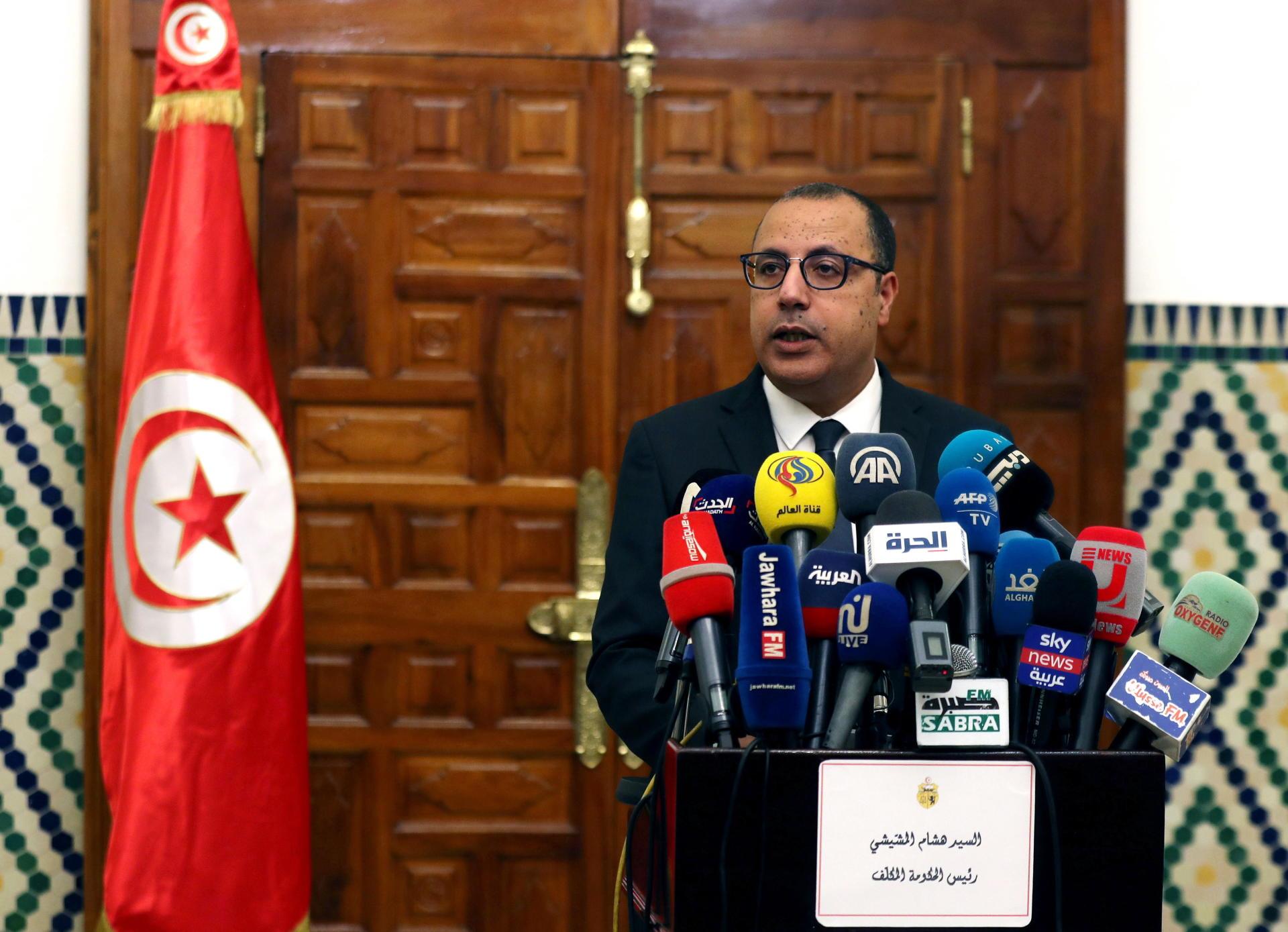 Le Premier Ministre Tunisien Designe Annonce Un Gouvernement De Technocrates Le Temps