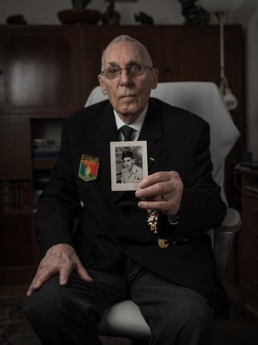 -Fritz BACHMAN un  Suisse raconte son séjour à la Légion File6u3jfdg3l5zerj23kc.jpg