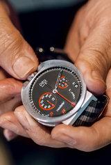 Oceana, la montre de plongée de Pita, possède un cadra étange (et patenté) qui lui permet de résister jusqu'à 5000 mètres de profondeur / C. Perez