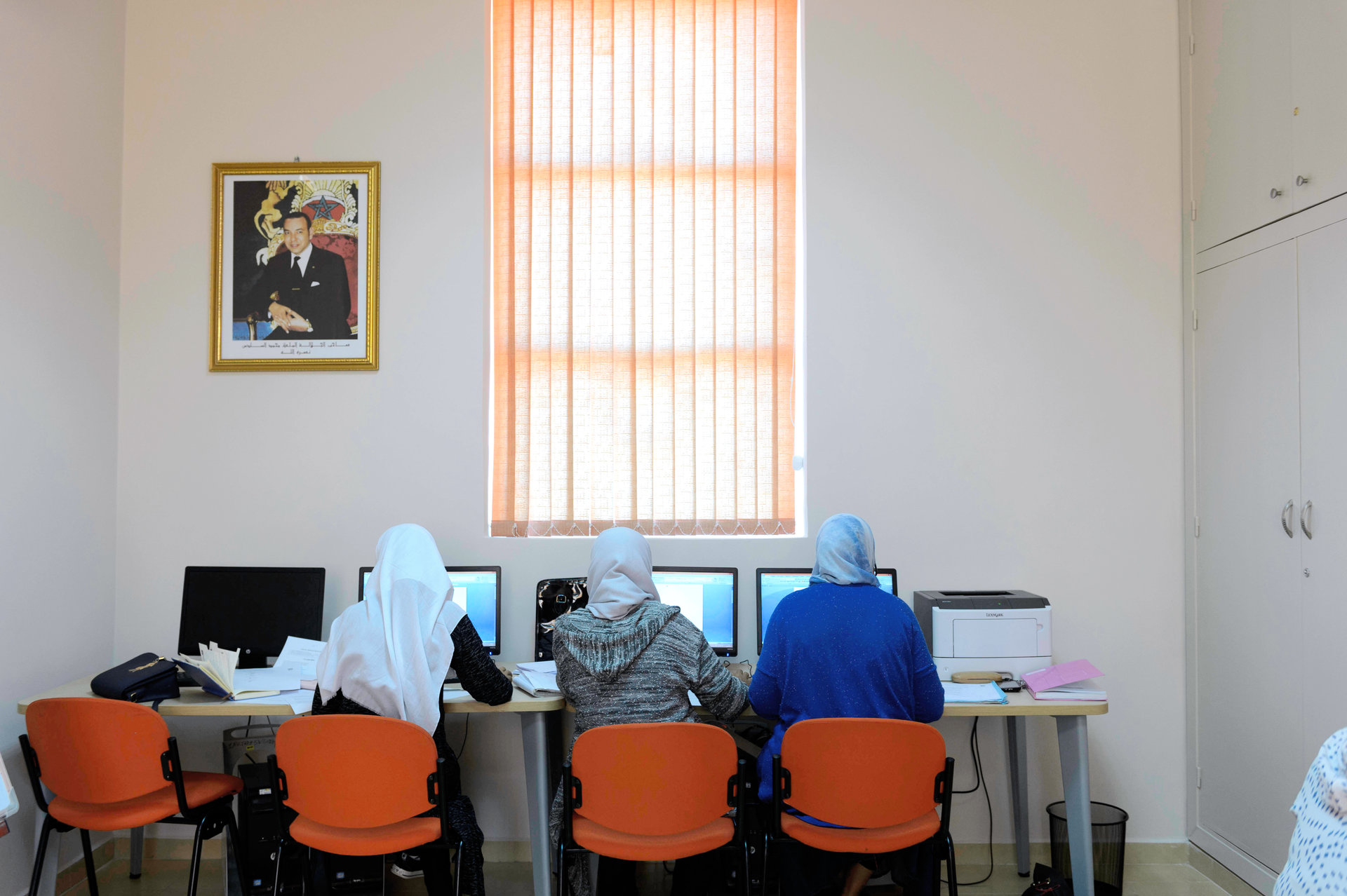 Après l'échec des nouvelles villes censées remplacer les bidonvilles, le Maroc place ses espoirs dans le campus de Benguérir, non loin de Marrakech. Une ville qui se veut futuriste et durable