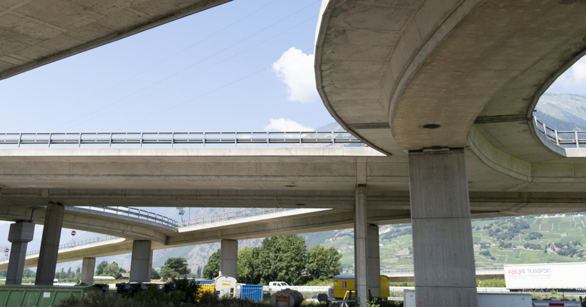 Le viaduc de Riddes fermé pour plusieurs mois aux poids lourds