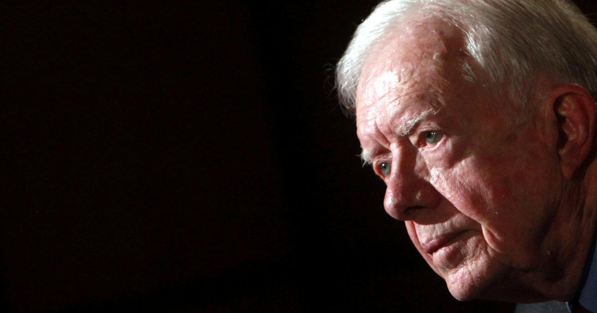 L'ancien président Jimmy Carter hospitalisé après de récentes chutes