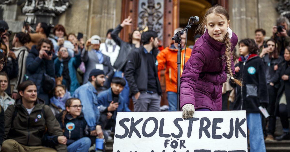 «Ce n'est que le début», plusieurs milliers de manifestants ont défilé avec Greta Thunberg à Lausanne
