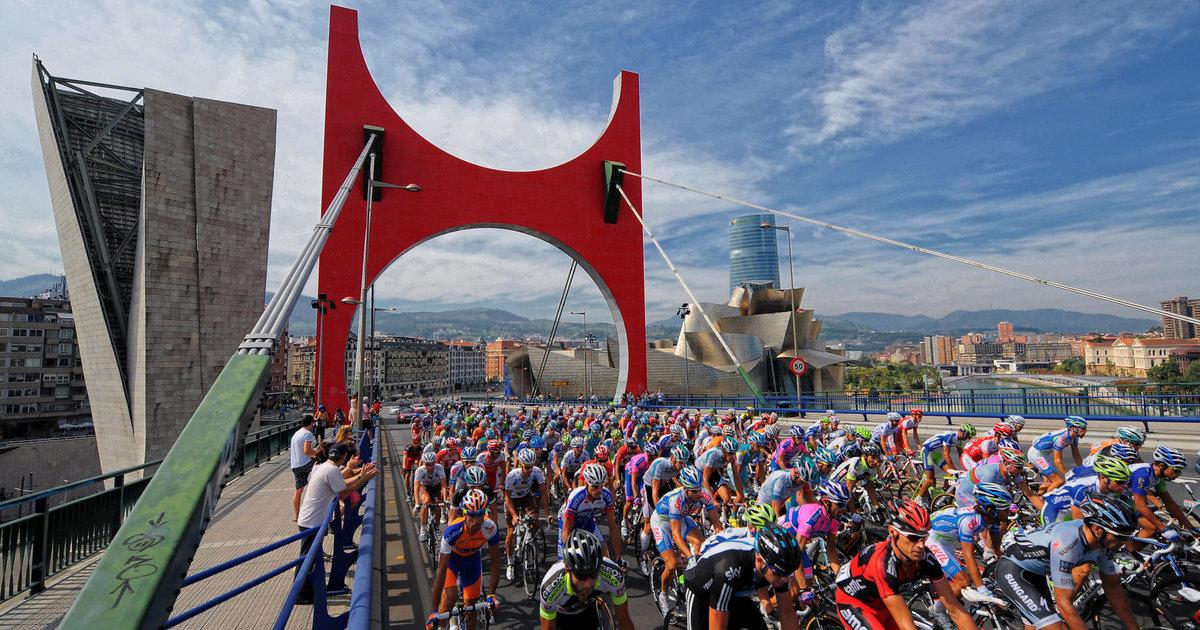 Au Pays basque, le départ de la Vuelta se complique