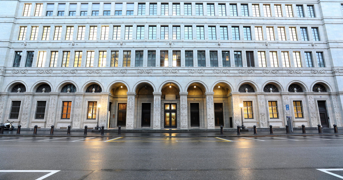 La BNS «devrait davantage se soucier de l'inflation»