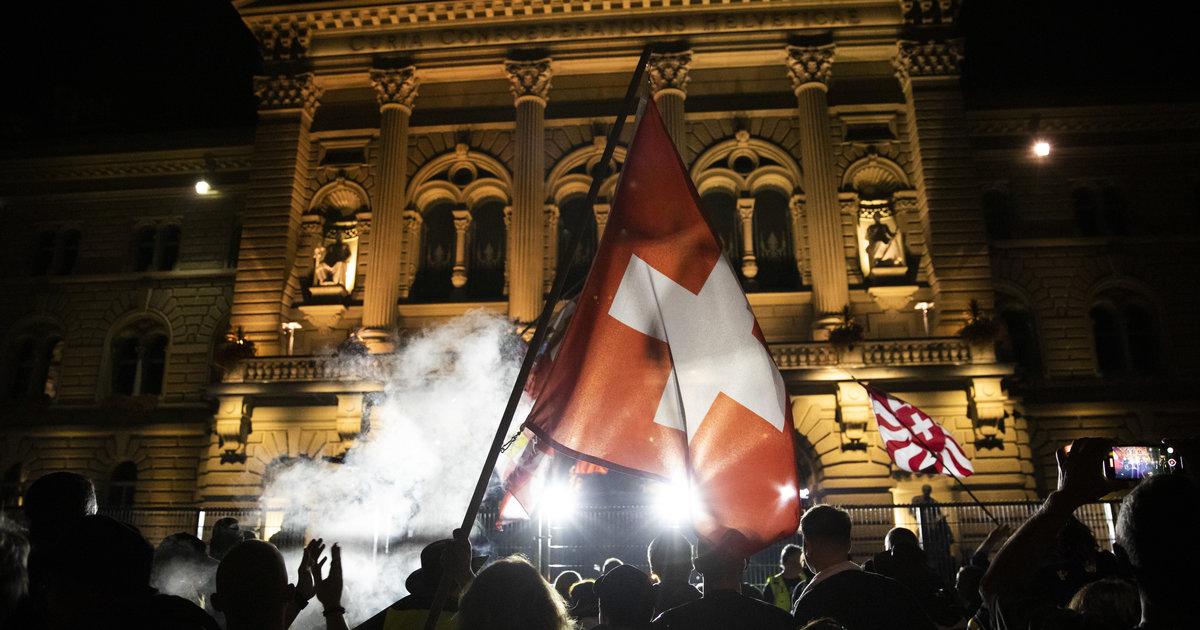 [En continu] «Le comportement des manifestants violents est anti-suisse», réactions après les débordements à Berne